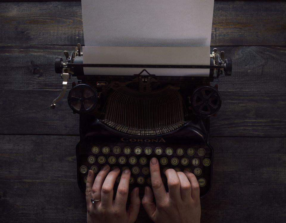 patrick fore 381196 unsplash 960x750 - Sete maneiras fáceis de escrever títulos melhores para as publicações do seu blog