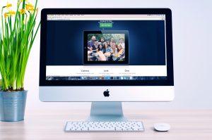 william iven 11250 unsplash 1 300x199 - A importância do Marketing Digital em 2018